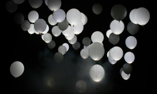 Balões Brancos com Led